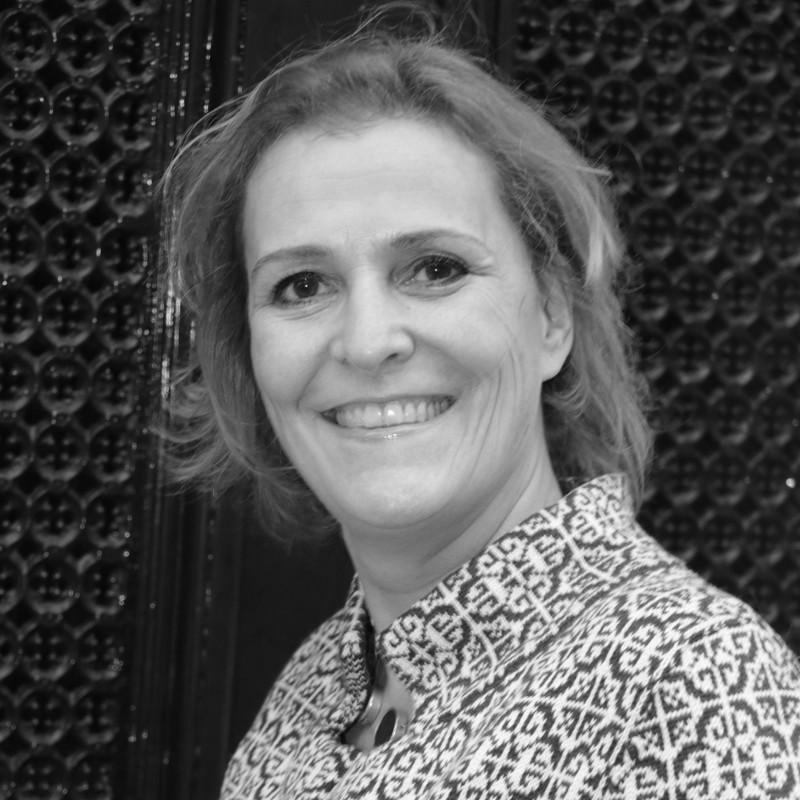 Monique Keser<br /> Mevrouw de Aankoopmakelaar<br /> Den Haag