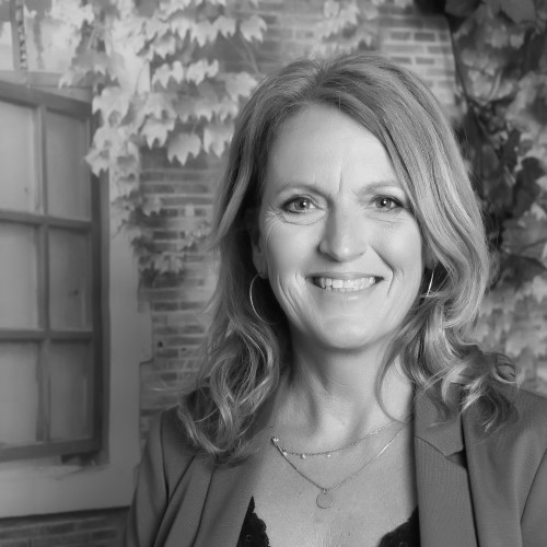 Linda Weber<br /> Mevrouw de Aankoopmakelaar<br /> Eindhoven