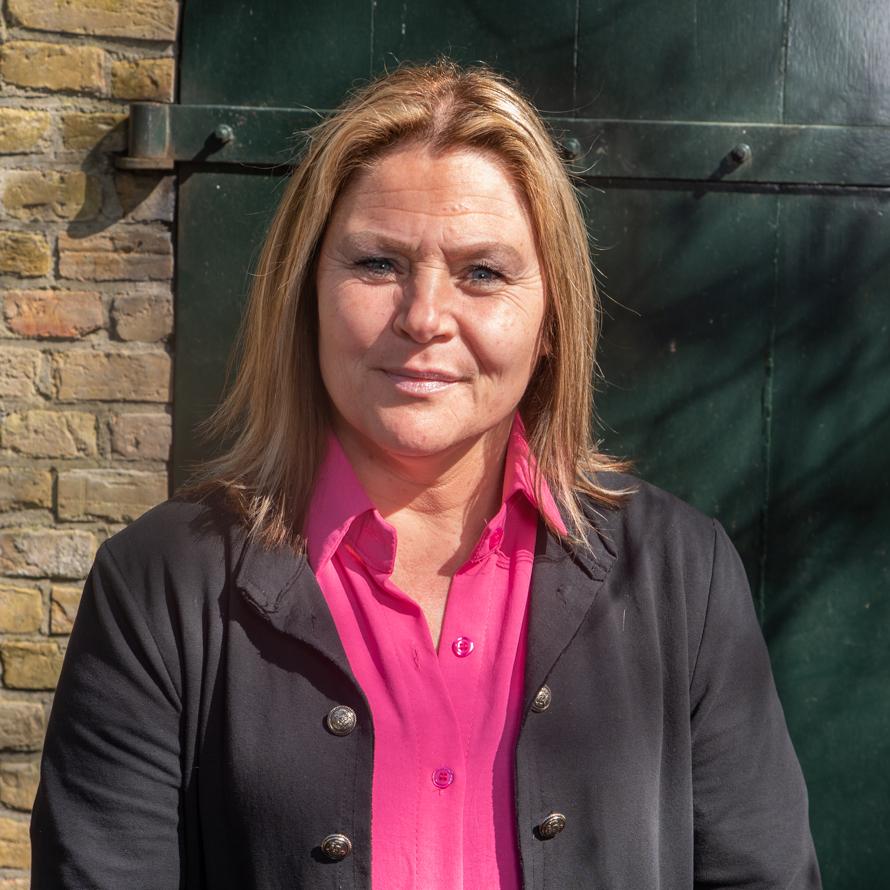 Caroline Postema<br /> Binnendienstmedwerker